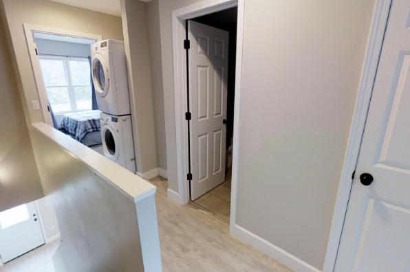902 Dryden Road, 2 Bedroom (Photo 3)