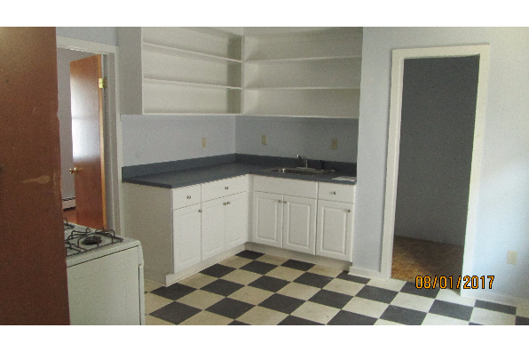 72 Taylor Avenue, (7 br house) (Photo 5)