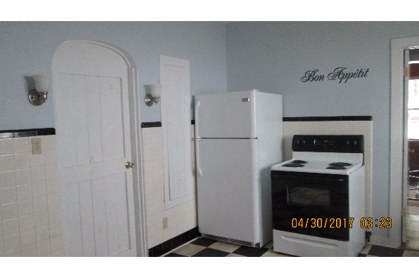 72 Taylor Avenue, (7 br house) (Photo 4)