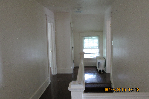 49 Fairview Avenue, 1 (Photo 4)