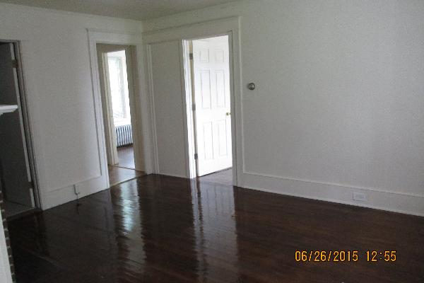 49 Fairview Avenue, 2 (Photo 4)