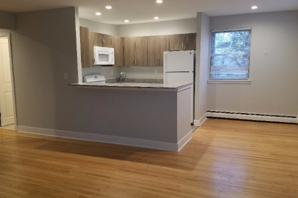 Ambler Crossings, 2 Bedroom (Photo 5)