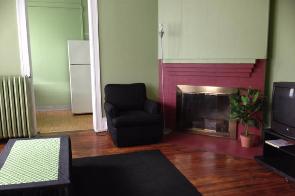 1633 East Genesee Street, 1 Bedroom (Photo 3)