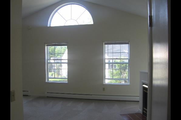 847 Dryden Rd, 2 Bedroom (Photo 4)
