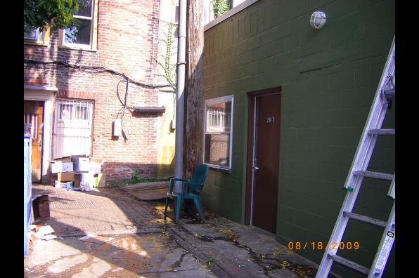 212 E State St, Studio (Photo 5)