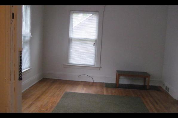 708-10 Lancaster Avenue, 1 (Photo 2)