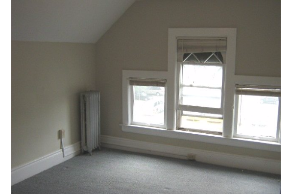 1225 East Genesee Street, 5 (Photo 2)