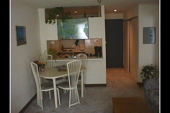 Center Ithaca, 1 Bedroom A (Photo 2)