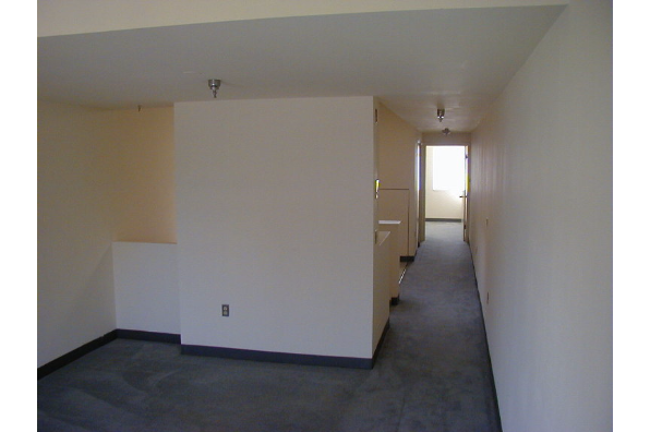 Center Ithaca, 1 Bedroom B (Photo 4)