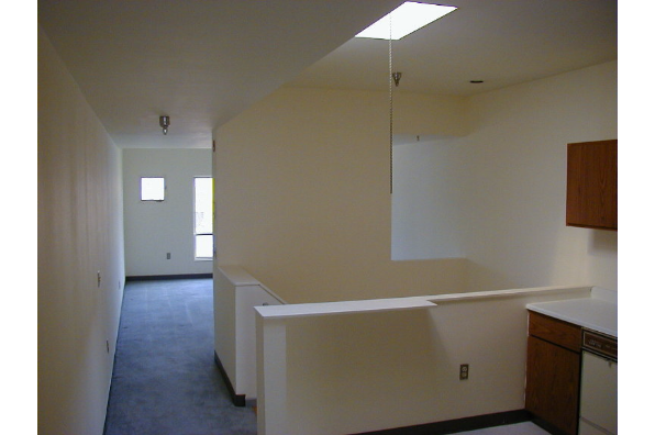 Center Ithaca, 1 Bedroom B (Photo 2)