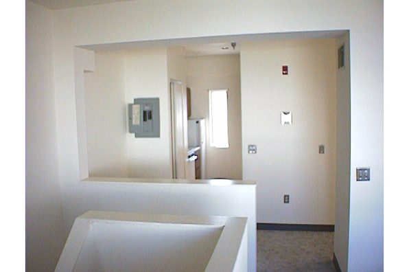 Center Ithaca, 2 Bedroom (Photo 3)