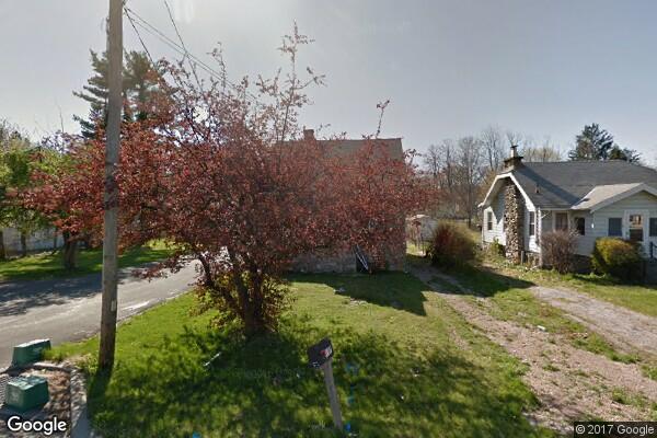 137 Violet Avenue, 1 (Photo 6)