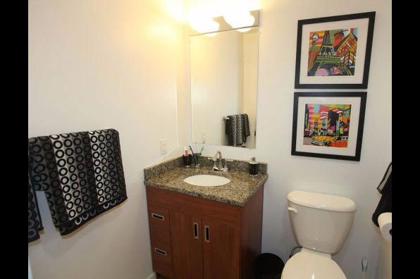 20 Hawley Street, 4 Bedroom 4 Bath (Photo 2)