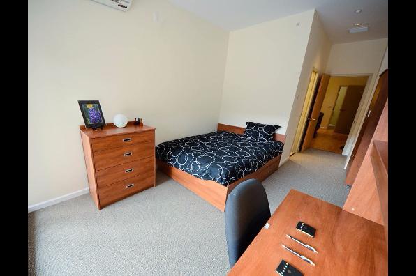20 Hawley Street, 5 Bedroom 5 Bath (Photo 5)