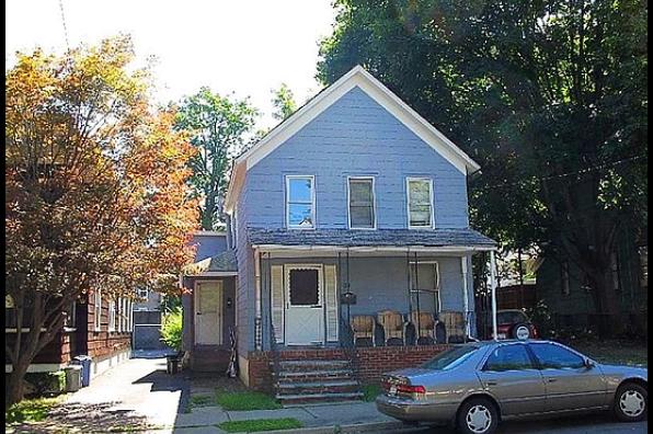 124 Chapin Street (Photo 3)