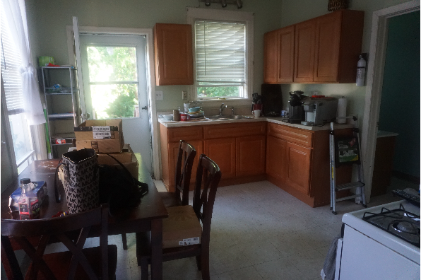 22 West Cedar Street, Apt A will be available June 1, 2019. (Photo 5)