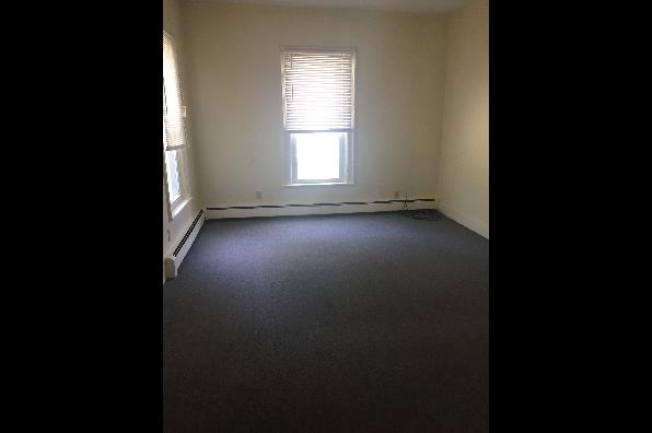 23 Cedar Street, 1st floor (Photo 2)