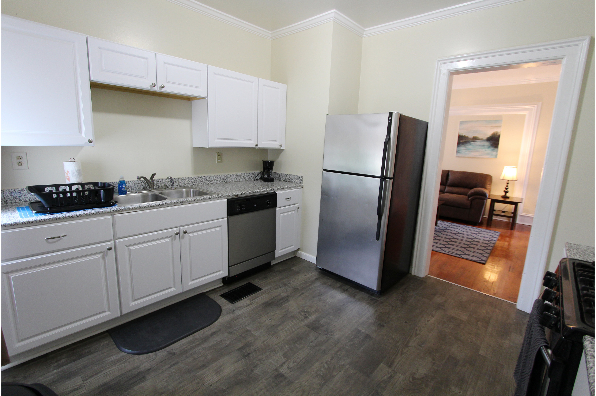 61 Center St, Apt 1 (Photo 2)