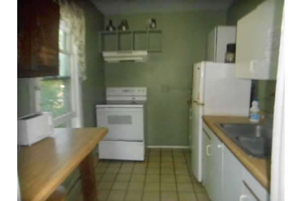 26 South Oakwood, SINGLE ROOMS AVAILABLE 05/26/20. (Photo 1)