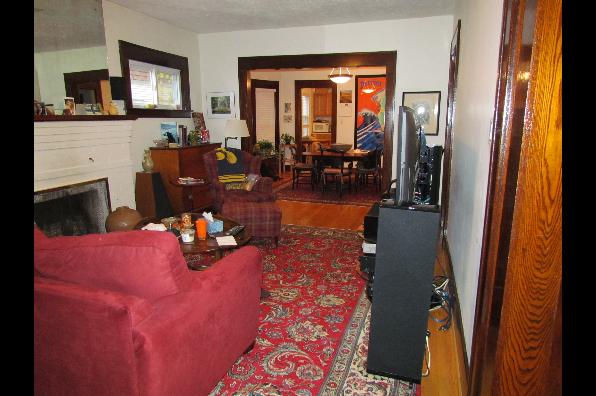125-27 Roosevelt Ave, 1st Floor (Photo 3)