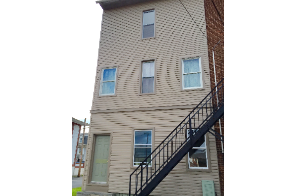 23 E Main St (Photo 5)