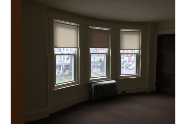 147 E Main St, $3100 a semester - 2 Semesters - 2nd Floor  with high ceilings and tons of closets. 2020-2021 school year (Photo 2)