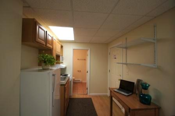 136 E Main St, Studio (Photo 4)