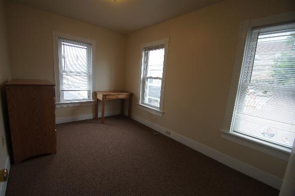 144 E Ridge Ave, 7 Bedroom (Photo 2)