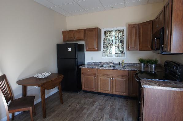 149 Lockard Avenue, 1 Bedroom (Photo 5)