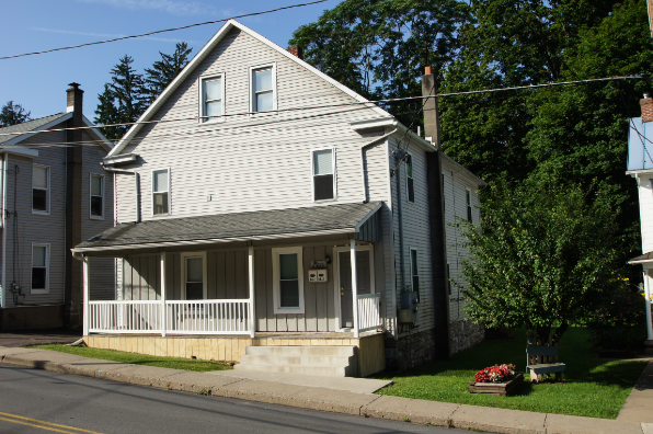 64 Iron St, 1 (Photo 1)