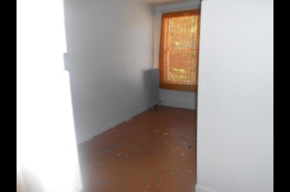 26 South Oakwood, 5BR APT SECOND FLOOR RENTED TIL 5/26/20. 3 ROOMS LEFT (Photo 1)