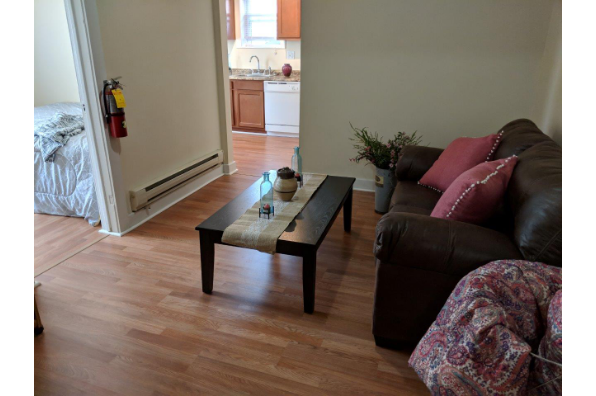 619 Gompers Ave, 1 Bedroom (Photo 3)