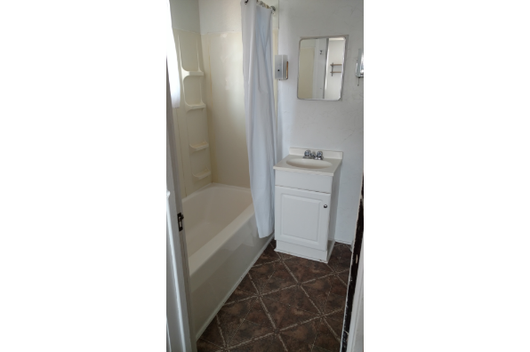 619 Gompers Ave, 2 Bedroom (Photo 3)