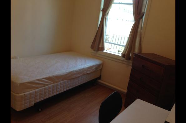 620 Philadelphia Street, 3 Bedroom (Photo 3)