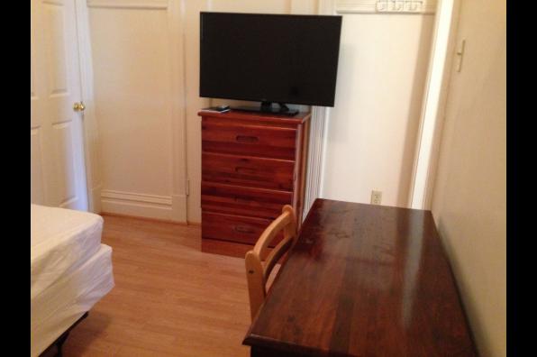 620 Philadelphia Street, 1 Bedroom (Photo 1)