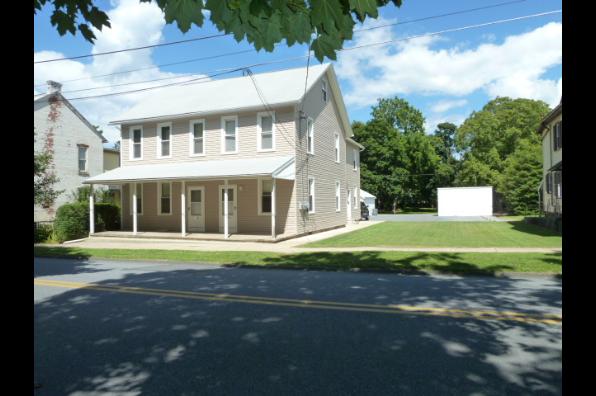 110 S Kemp St, A (Photo 3)