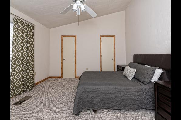 19 Eleven Condominiums, 4 Bedroom (Photo 5)