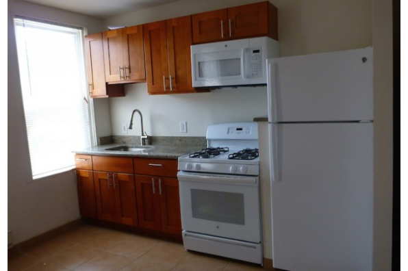 1545 W Thompson St, Unit C (Photo 2)