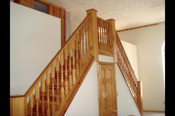 53 W Main St, 4 Bedroom (Photo 3)