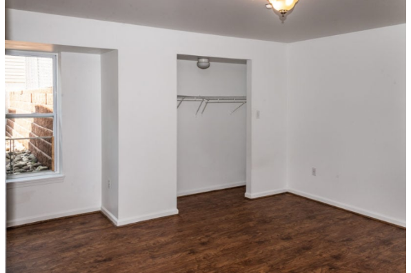 375 Fetterman Ave, 377 Apt. C (Photo 2)