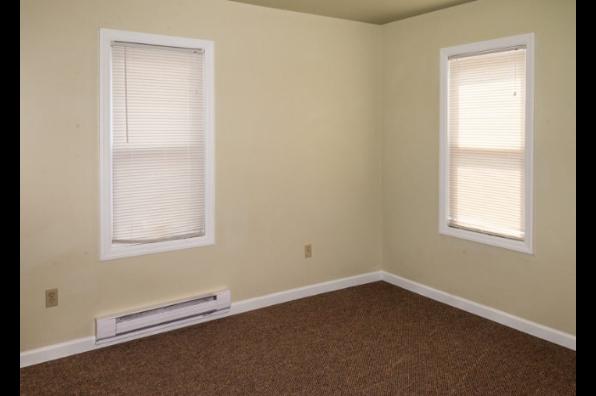 391 Lightstreet Rd, 391 (5 Bedroom) (Photo 4)
